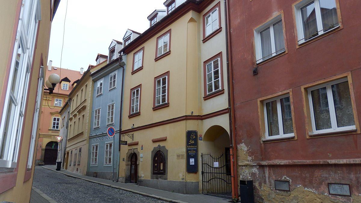 Pronájem nebytového prostoru vhistorickém centruChebu, Provaznickéul.