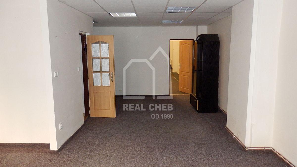 Víceúčelový objekt– občanská vybavenost + parkoviště vChebu, Palackéhoul.  , Palackého 2087/8a, Cheb