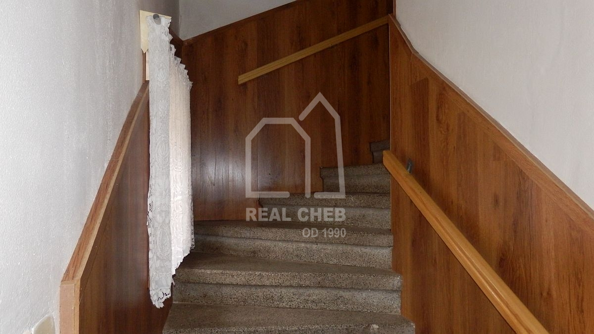 Rodinný dům sgaráží, dílnou a skladem vNebesích uAše.  , Aš, Nebesa 5