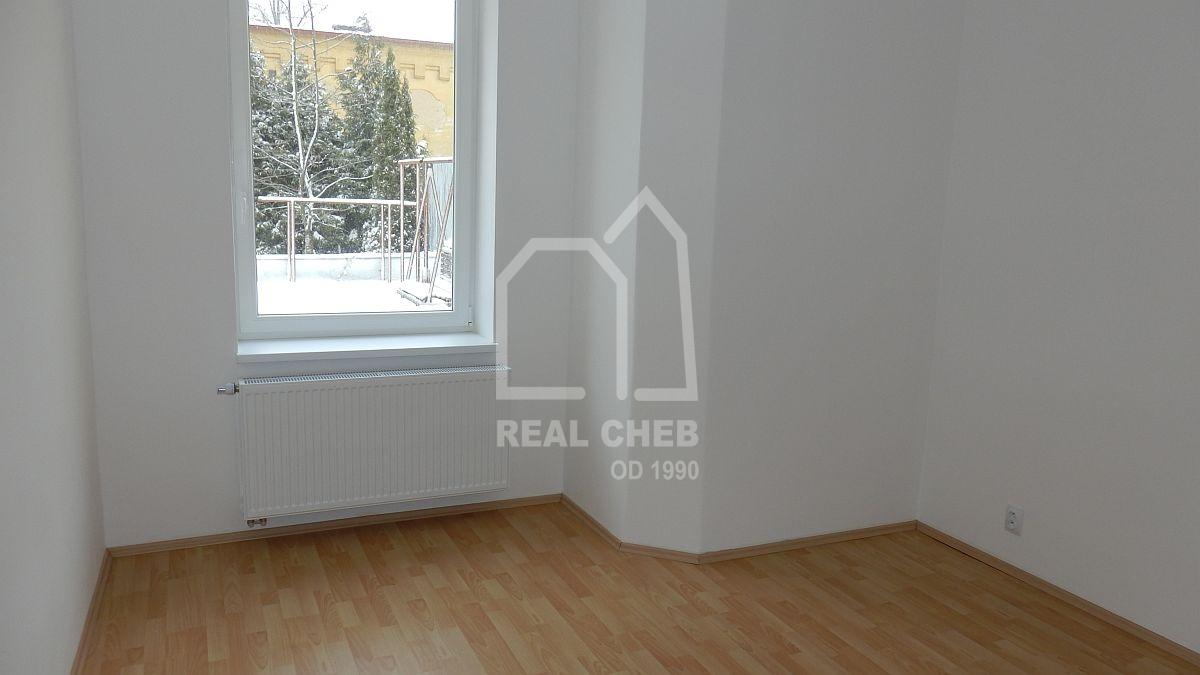 Pronájem nového bytu2+1vcentruChebu, ul. KNemocnici  , Cheb, K Nemocnici 16
