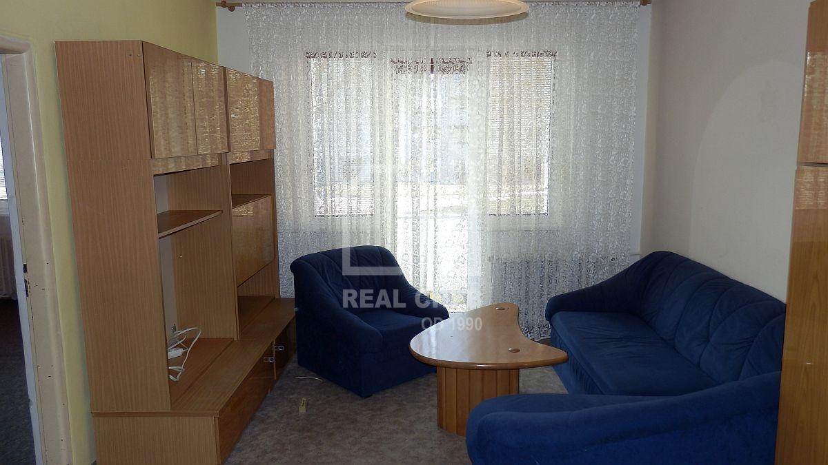 Pronájem udržovaného bytu1+3vChebu, ul. Kosmonautů.  , Kosmonautů 1235/6