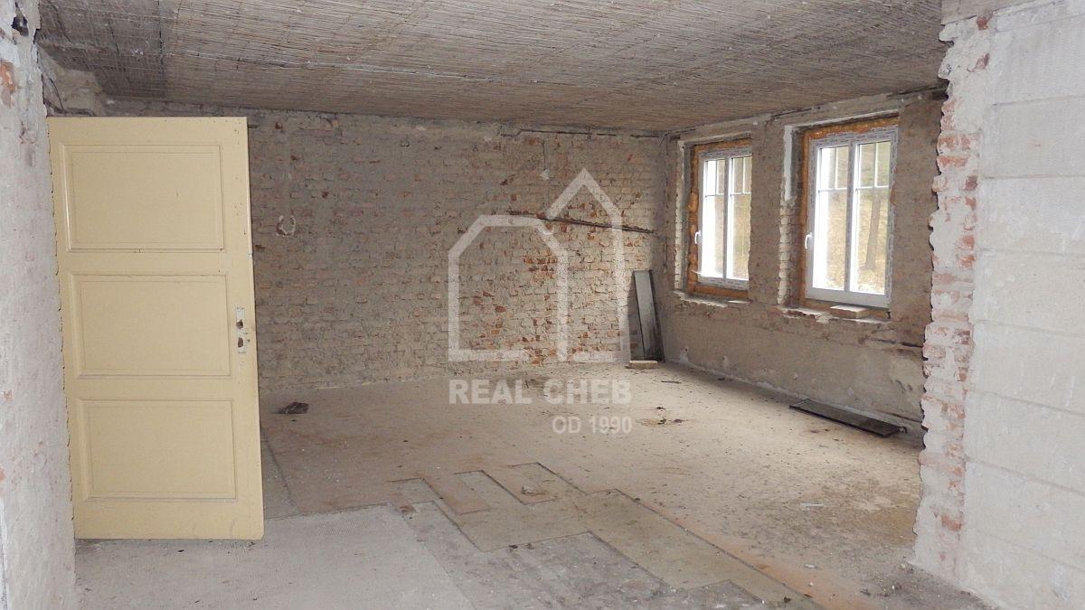 Prostorná vila vRotavě, Příbramské ul.  , Rotava, Příbramská 376