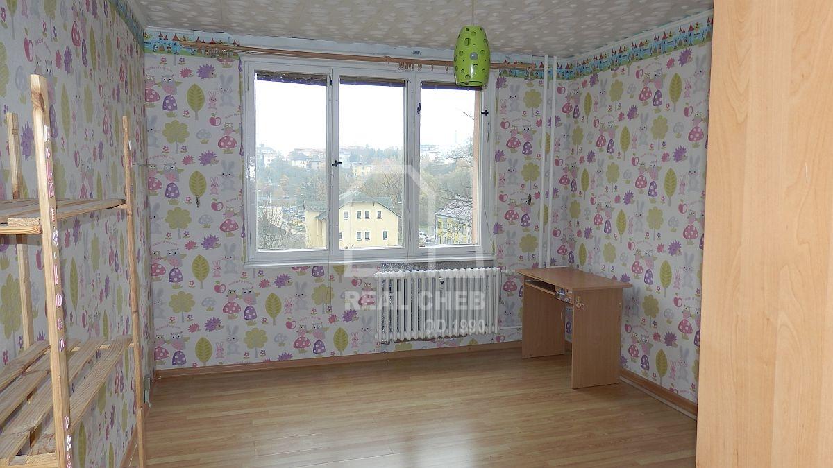 Dlouhodobý pronájem bytu1+2slodžií vChebu, ul. Stavbařů  , Cheb, Stavbařů 1369/1