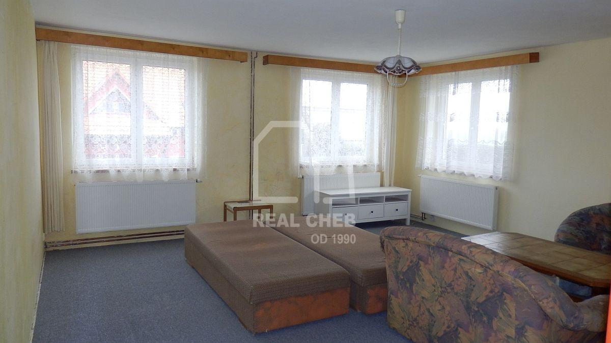 Dlouhodobý pronájem dvoubytového rodinného domu vChebu, Dolnickéul.  , Cheb, Dolnická 2051/22