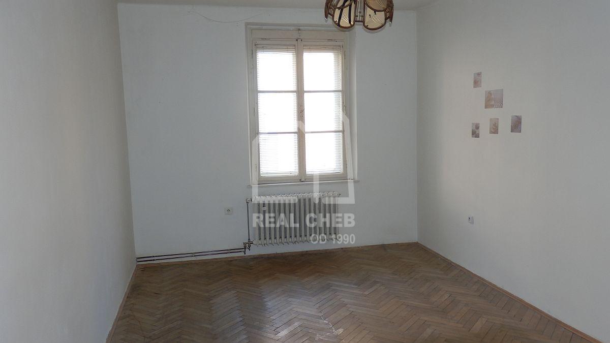 Prostorný byt 2+1vhistorickém centruChebu, Kamennául.  , Kamenná 205/26, Cheb