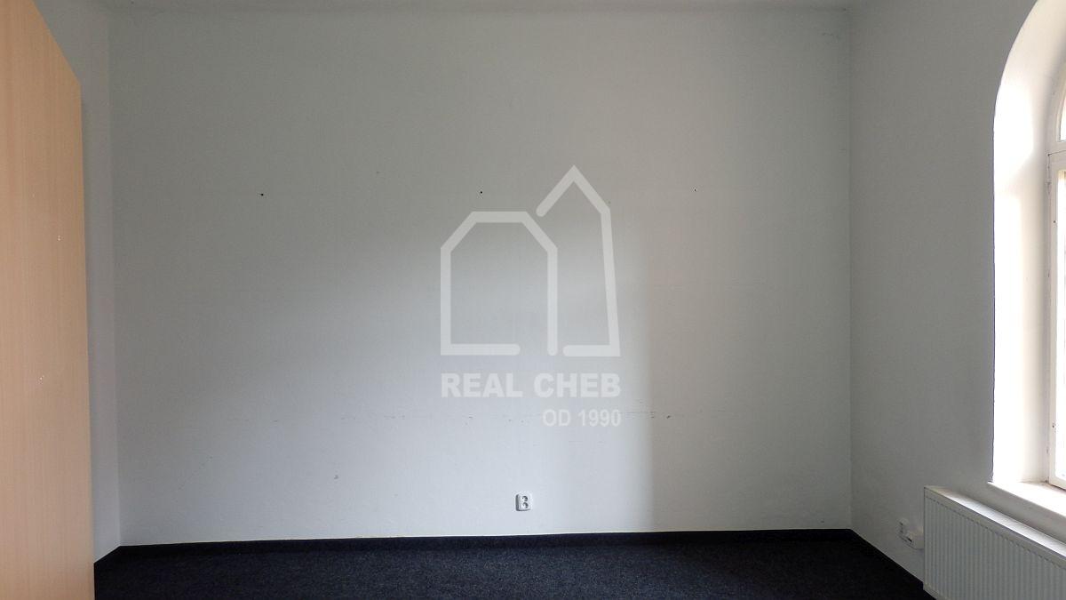 Pronájem obchodních nebytových prostorů vcentruChebu.  , Cheb, 26. dubna 591/12