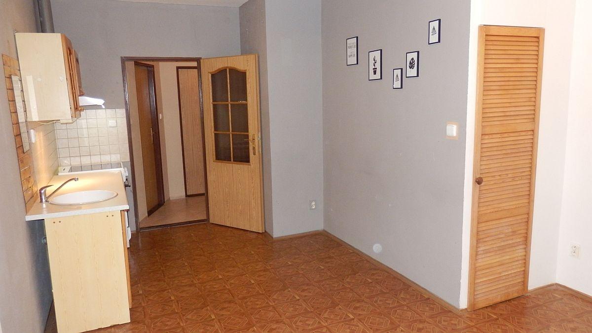 Dlouhodobý pronájem pěkného, bytu1+kk vAši, Textilníul.  , Textilní 1588/32, 352 01 Aš