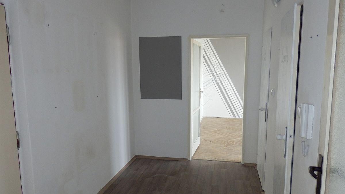 Pronájem pěkného bytu2+1vChebu, ul. Osvobození.  , Osvobození 1194/70, 350 02 Cheb