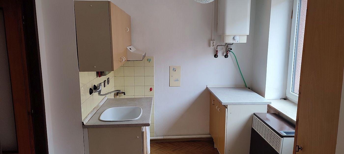 Prodej bytu1+1vcentruChebu, Mánesova ul.  , Mánesova 125/7, 35002 Cheb