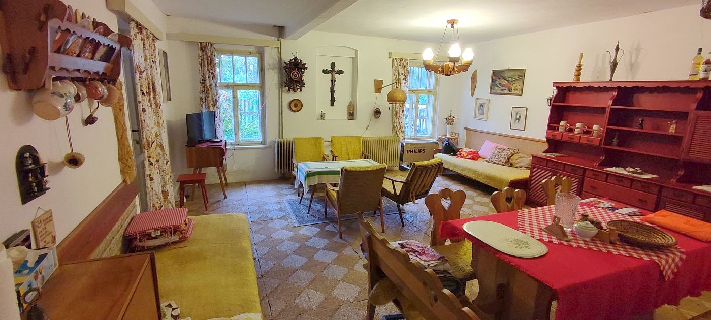 Rodinný dům svelkou zahradou, Pastviny uStudánky.  , Pastviny 150, 352 01 Hranice - Pastviny