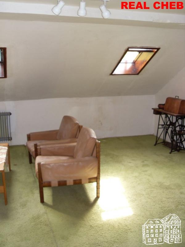 Dům snebytovými prostory a byty  , Hranice u Aše, Husova