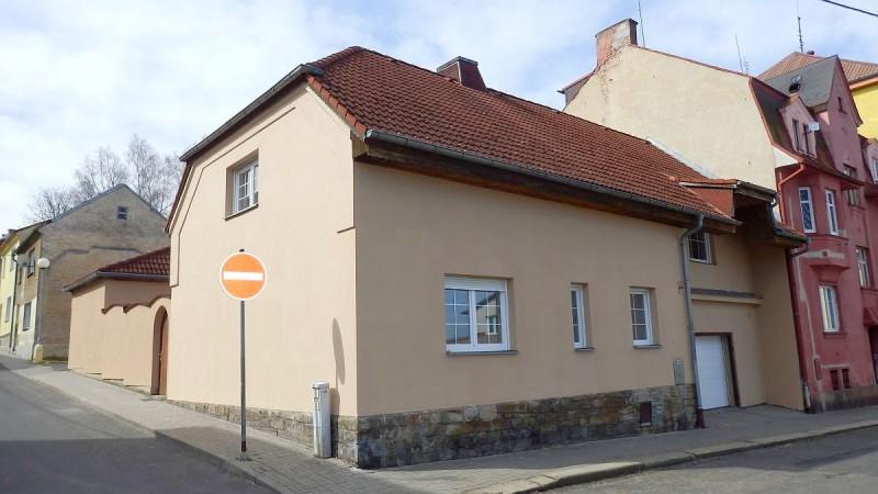 Rodinný dům 4+1snebytovým prostorem vAši, Sadovéul.