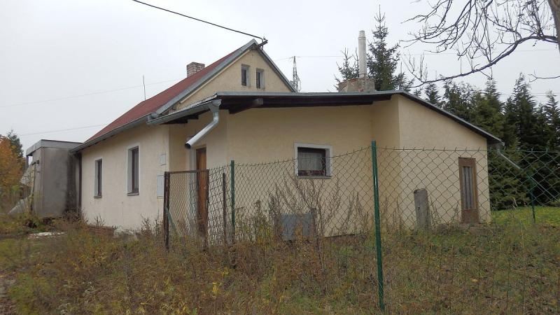 Menší rodinný dům 2+kk vNebesích uAše.