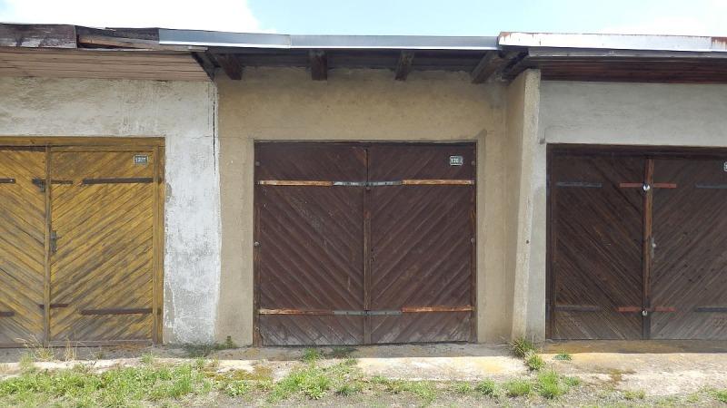 Pronájem garáže vChebu, UHilárie.