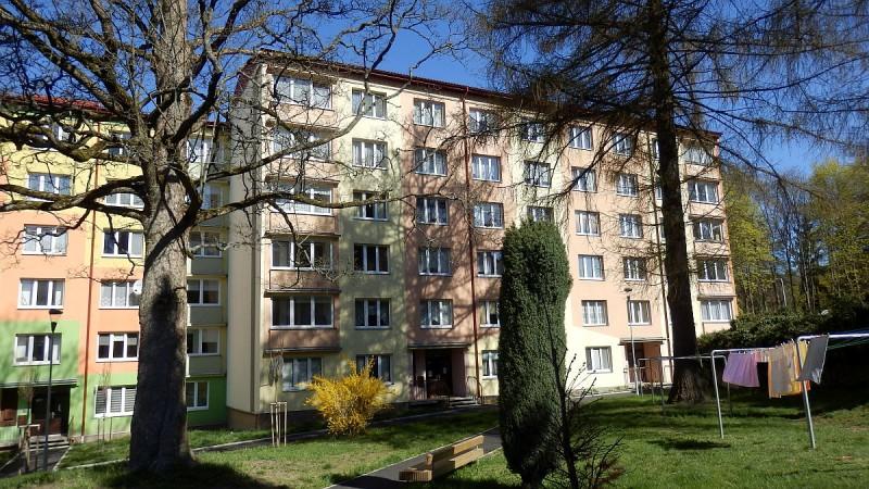 Bytová jednotka 3+1slodžií a garáží vAši, Mikulášskéul.