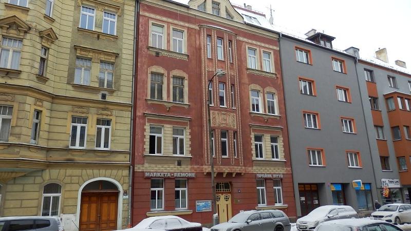 Pronájem pěkného, prostorného bytu2+1vcentruChebu, Valdštejnovaul.