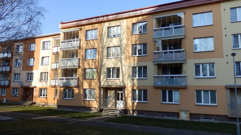 Dlouhodobý pronájem částečně zařízeného bytu2+1vChebu, ul. Stavbařů.